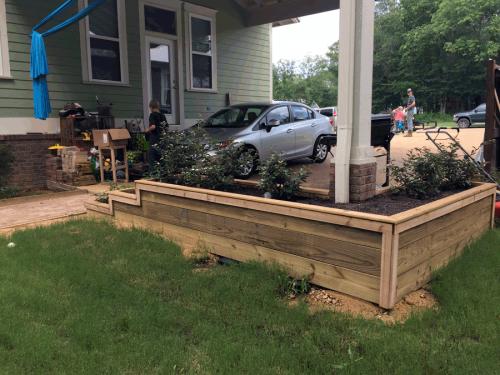 carport_planter2